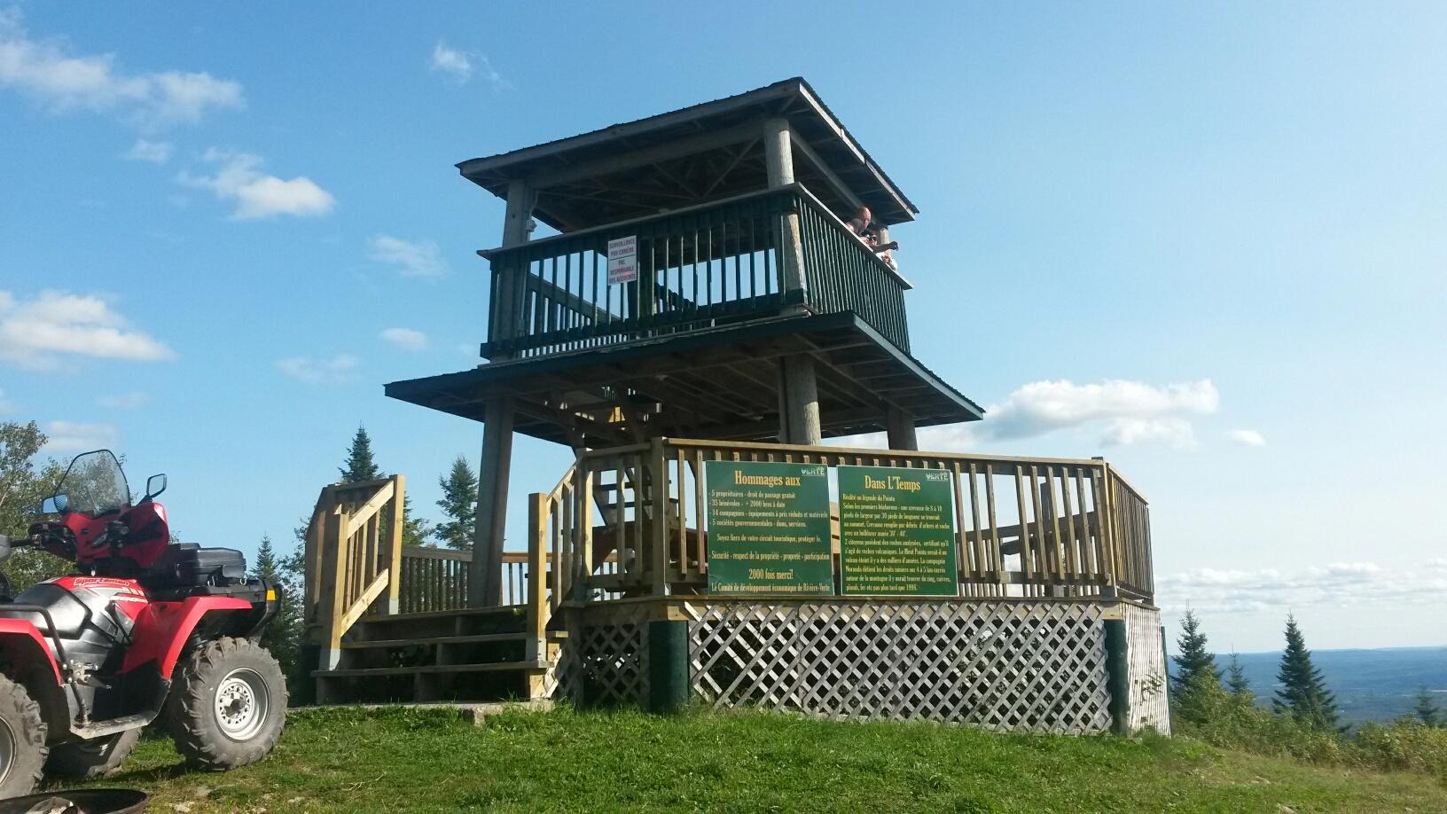 Lookout tower on Montagne des Therrien