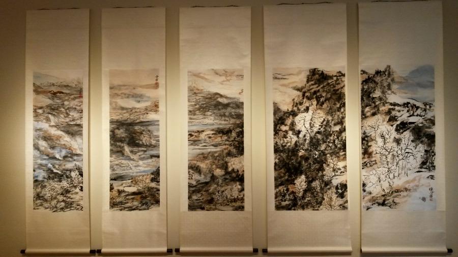 Dan Xu paintings